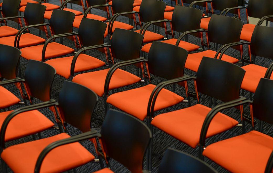 Jak radzić sobie ze stresem w czasie publicznych wystąpień